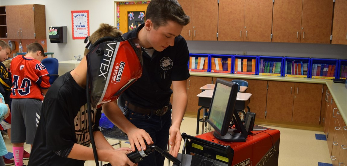 A.W. Beattie students educate Shaler elementary students on Career Day